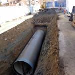posa tubazione fognaria in  PRFV - cantiere di Alba - corso Europa